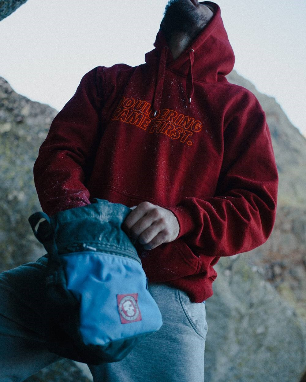 WildBounds Christmas Gift Guide, Belmez Face Boulder Bucket Chalk bag, for bouldering and Climbing.