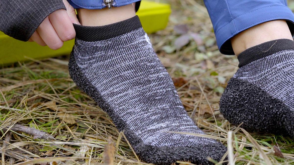 Skinners Footwear - Innovative Shoe-Sock